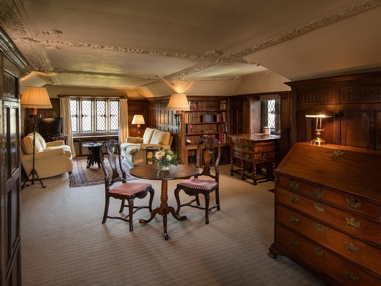 The Signature Stay for for Two in an Historic Room - Wednesday to Friday